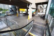 TCT Exit Escalator - Platform - Drop-off 201509
