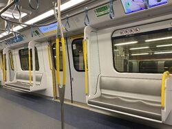 MTR R Train chair and door 13-10-2021.JPG
