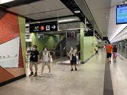 Ho Man Tin Tuen Ma Line platform 27-06-2021(8)