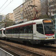 1056 plus 1019 MTR Light Rail 706 08-12-2018.JPG