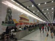 Hong Kong Station escalatgor road 08-01-2017(2)