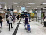 Kowloon Tong East Rail Line concourse 18-04-2020