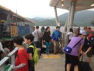 Wong Shek Pier passengers 17-04-2016(8)
