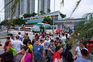 Kowloon City Ferry Pier tourist blocking traffice 201707 -1