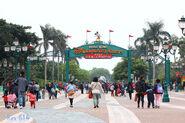 Park Promenade near DIS PTI 201503
