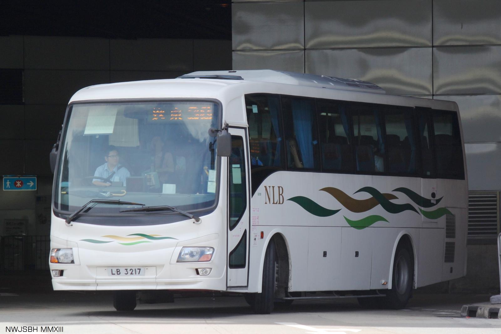 五十鈴LV423R