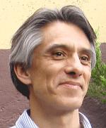 Roberto Mendiola8