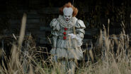 Es-Pennywise-Courtesy-of-Warner-Bros.-Pictures-and-New-Line-Cinema-2