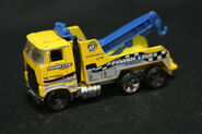 Rig Wrecker b-Ford COE (cab-over-engine) chassis (2)