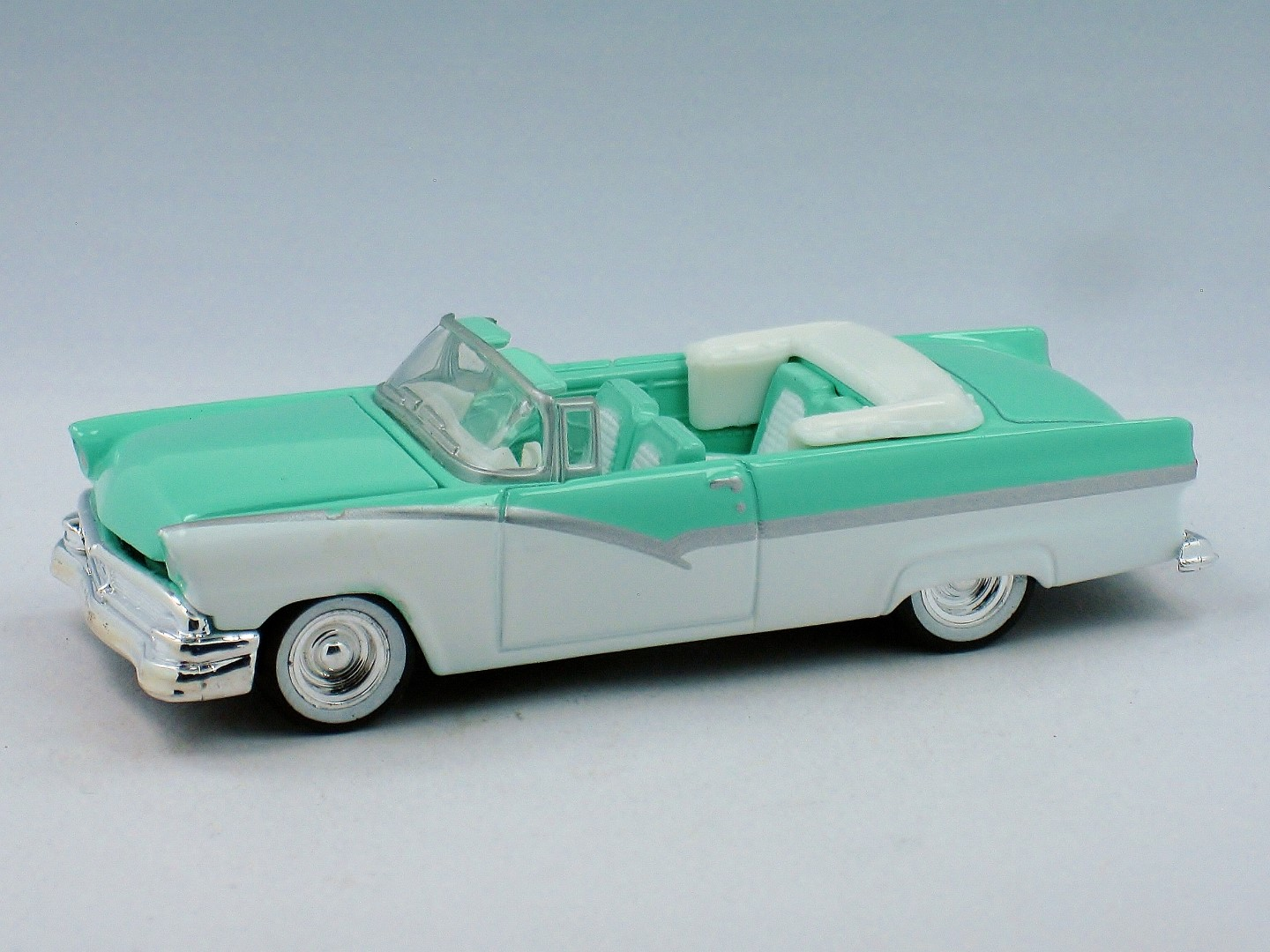 '56 Ford Fairlane Convertible