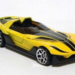 HW Yur-So-Fast Yellow 01 DSCF7954.jpg