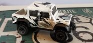 HW 15 LAND ROVER DEFENDER DOUBLE CAB XboxForza WHITE