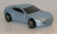 Aston Martin V8 Vantage (4096) HW L1170815