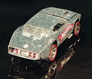 Hotwheels jewelled lead wideweb 470x401,0