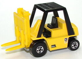 CAT Forklift YeTmpo.JPG