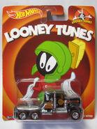 Hot Wheels 2014 Pop Culture Looney Tunes 75 Kenworth W900 Card