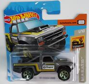 87 Dodge D100 (FYF47) (card)