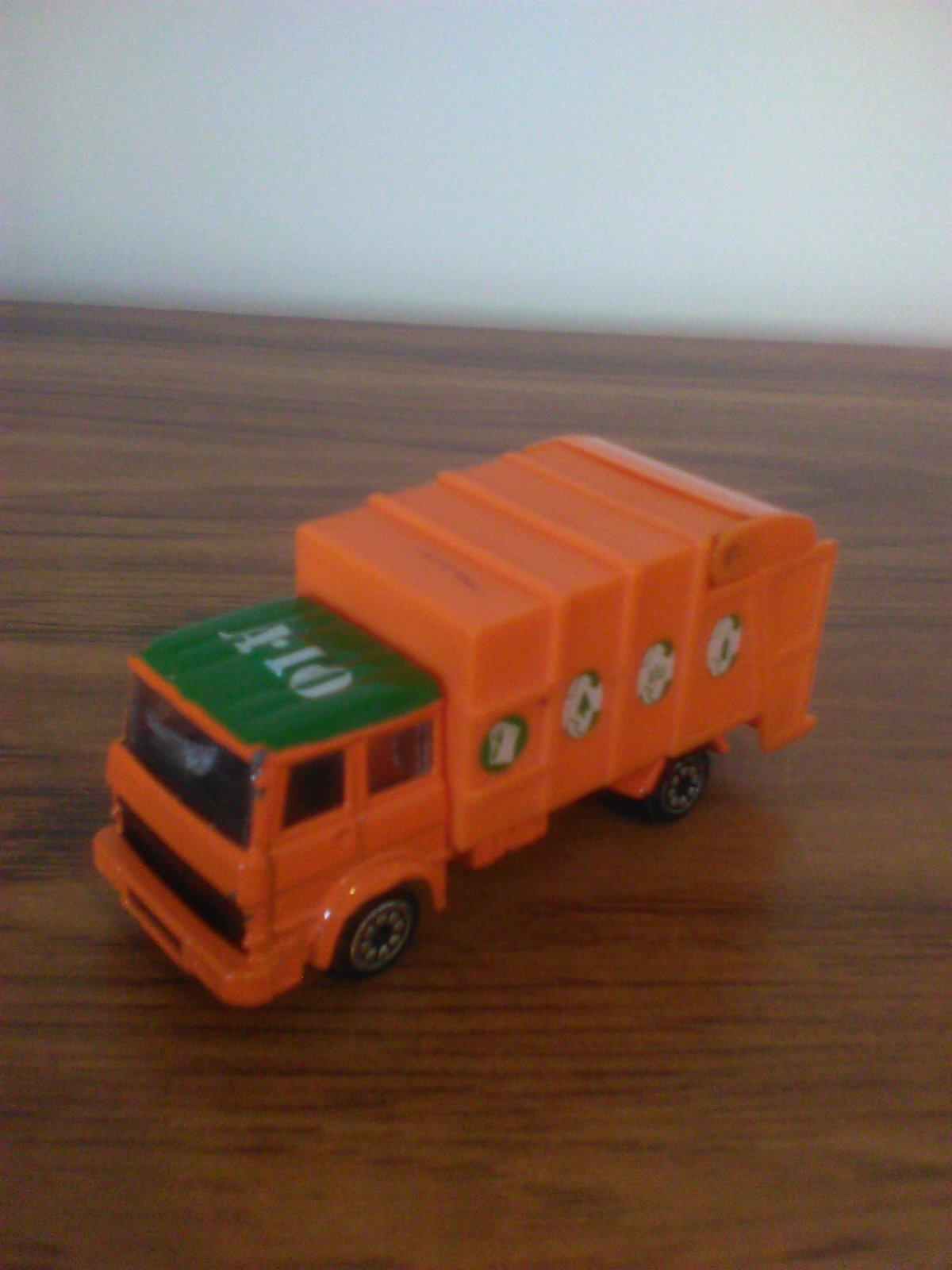 Refuse Truck (Corgi)