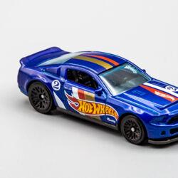 Hot Wheels 2010 Ford Shelby GT-500 Super Snake /'19 HW Race Team #7//10 Rare,HTF