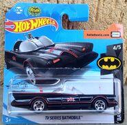 2020 Batman - 04.05 - 1966 TV Series Batmobile 01