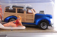 Hot wheels action packs surf's up 40's woodie and girl