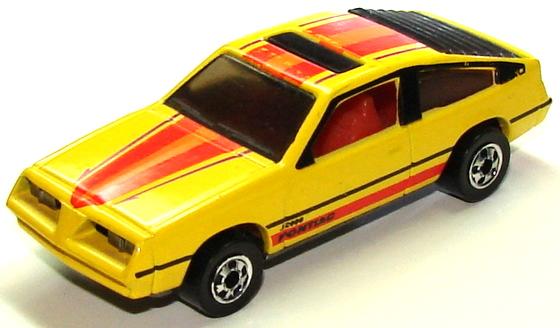 Pontiac J-2000