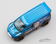 GRX79 - Hot Whels Ford Transit Coinnect (4)