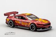 GHG66 - Custom 18 Ford Mustang GT-2