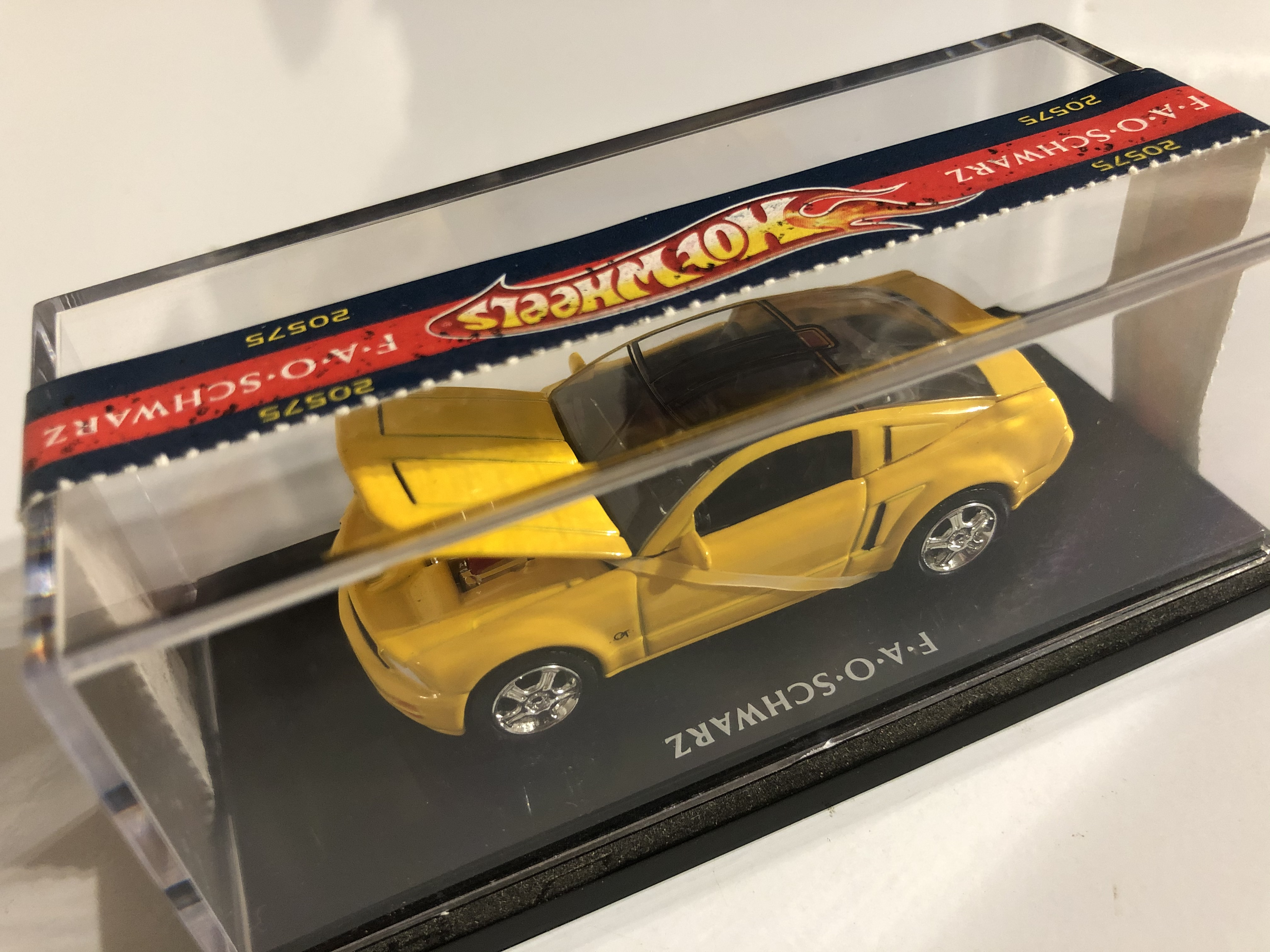 Ford Mustang GT Concept (100% Hot Wheels)
