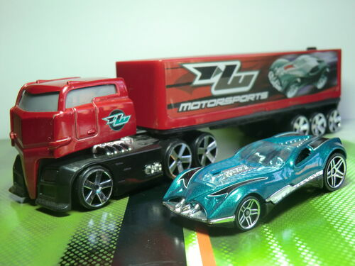 Truckin' Transporters CIMG1606.JPG