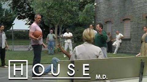 House_Messes_With_Other_Patients_-_House_M.D.