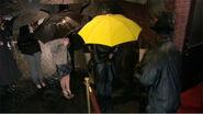 Мама і жовта парасолька