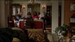 Harkness-Family-Dinner-401.png