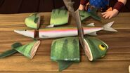BF - Dak cutting up fish