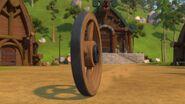 HM - A wagon wheel coming towards Magnus