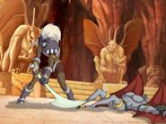 S1E04 Caliban defeats Gar-Ghoul