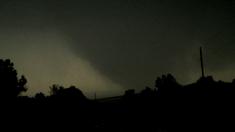 Tornado at high-end EF4 strength near Helena.
