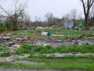 F1 tornado mobile home damage