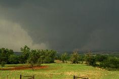 The Skidmore, Missouri EF4 near peak strength.