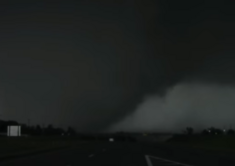 The Memphis, Tennessee EF5 near peak strenghth.
