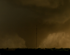 Tornado near peak strength at 8:37 PM.