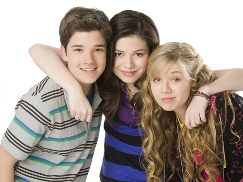 -iCarly-icarly-33278624-500-375.png