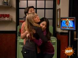 ICook Cam hug.jpg