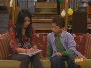ICarly S02E20 (iTwins)-(024109)11-38-33-.jpg