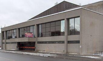 Centre Etienne Desmarteau.jpg
