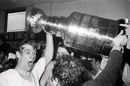 10May1970-Orr w Cup