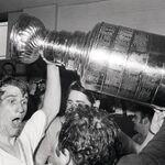 10May1970-Orr w Cup.jpg
