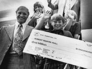 1972-June27-Hull w cheque