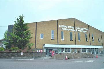 Centre sportif Jacques-Lesage