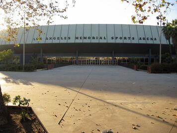 800px-La sports arena.jpg